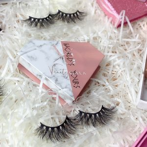 cheap eyelash packaging